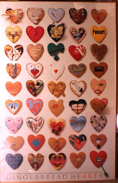 9 Gingerbread Hearts Poster